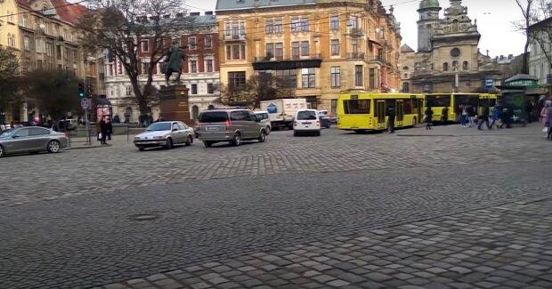 """Львів'яни пригадали Садовому 14 років у кріслі мера: """"Де?"""""""
