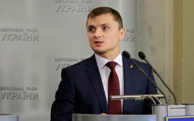 Держпідприємство Украерорух свідомо розвалюють, - нардеп