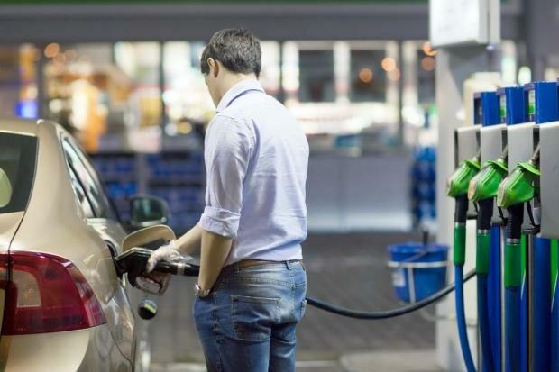 Водителей обдерут, как липку - цены на бензин взлетят до небес