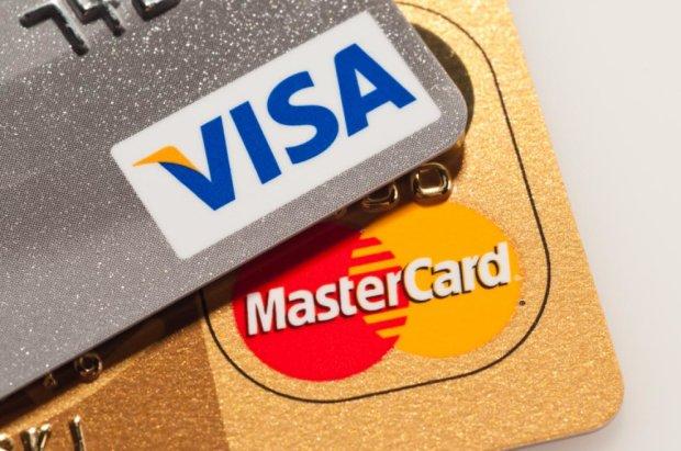 Банки відключать від Visa і MasterCard: чого чекати клієнтам