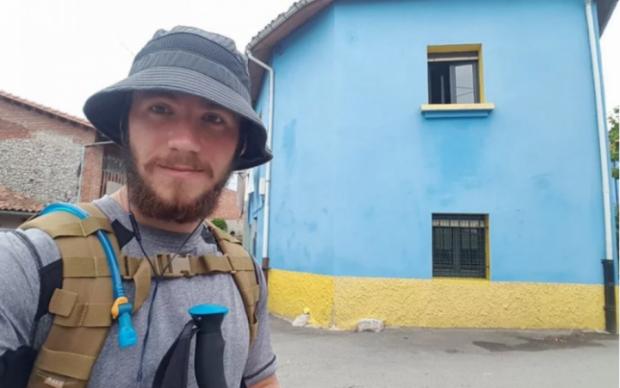 Украинский десантник прославил государственный флаг на весь мир