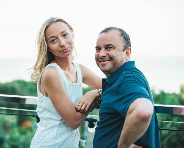 Виктор Павлик с невестой, фото Instagram