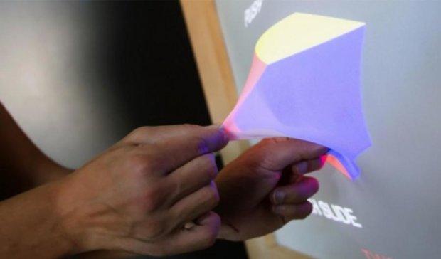 Новая технология позволяет вытягивать изображение за пределы экрана