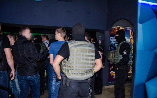 Стрілянина в столичному стрип-клубі: поліція несподівано передумала