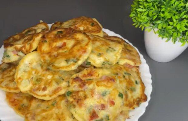Млинці зі смаком піци, фото: кадр з відео