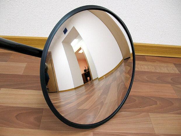 """Xiaomi создала """"умное зеркало"""" за копейки: что умеет новое изобретение"""