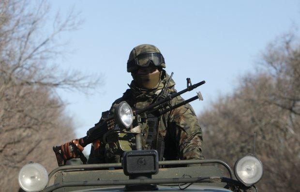 Бойовики на Донбасі напали на мирних жителів: російські міни розривалися в будинках українців