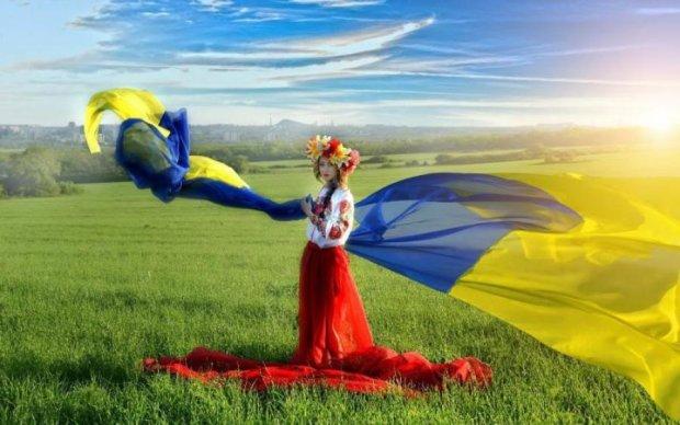 День Конституції України 2018: красномовні привітання в прозі