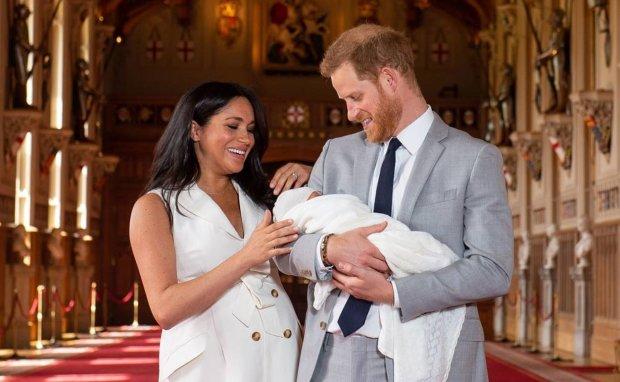 Меган Маркл та принц Гаррі вивозять сина з Британії: названо причини