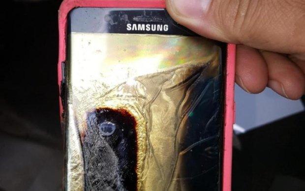 """Запасайтесь огнетушителем: Samsung анонсировала """"взрывной"""" Galaxy Note 9"""