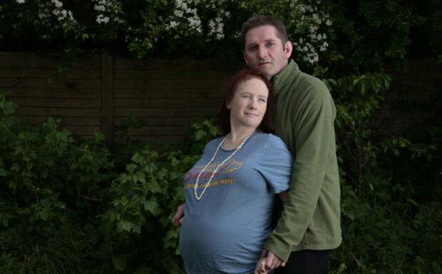 Тяжкохвора жінка відганяє смерть, щоб народити дитину: зворушлива історія про силу материнської любові