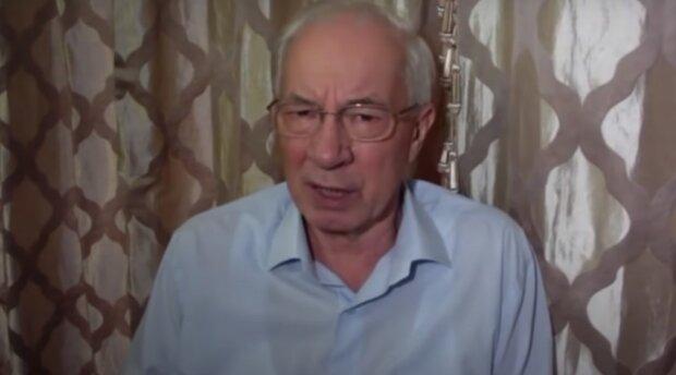 """Азаров заговорив про Білорусь і йому прикрили рот: """"Є проблеми"""""""