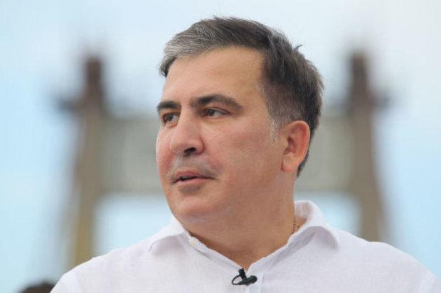 """Саакашвили повторил дерзкую выходку Зеленского: """"В Одессе фонтаны не хуже"""", видео"""