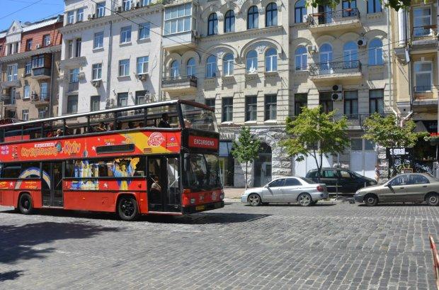 У Києві громадський транспорт змінить маршрути: що потрібно знати