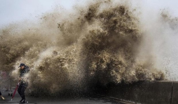 "Тайфун ""Меги"" уничтожил восточное побережье Китая"