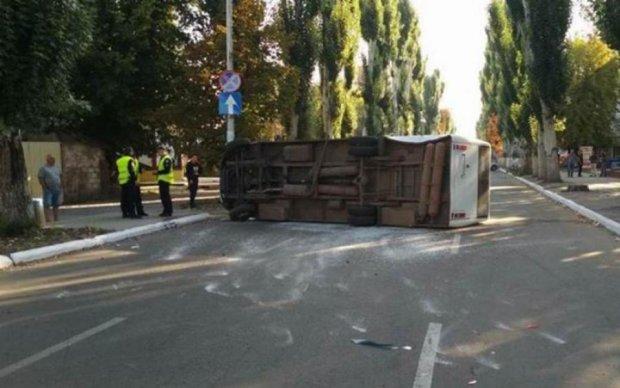 Фатальный отдых: автобус с украинцами протаранил грузовик