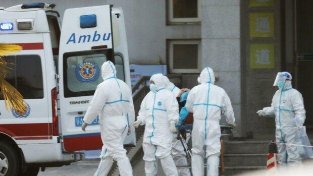 """Якщо коронавірус """"завітав у гості"""": українцям розповіли, де знайти порятунок"""