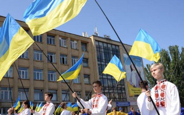 Патриотические настроения украинцев: что изменилось за 27 лет независимости