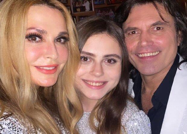 Ольга Сумська з сім'єю, фото: Instagram olgasumska