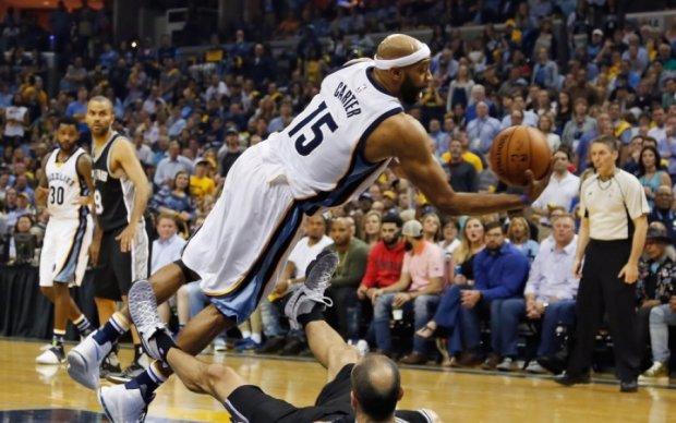 НБА: Сан-Антоніо вибив Мемфіс, Торонто втримав перемогу над Мілуокі