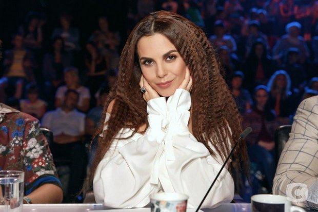 Майкл Джексон, ти? Каменських в прозорій блузці показала дивовижну схожість