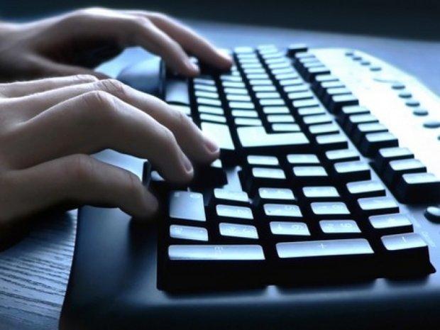 Хакер-школяр зламав сайт «ДНР» та знайшов сотні українських полонених