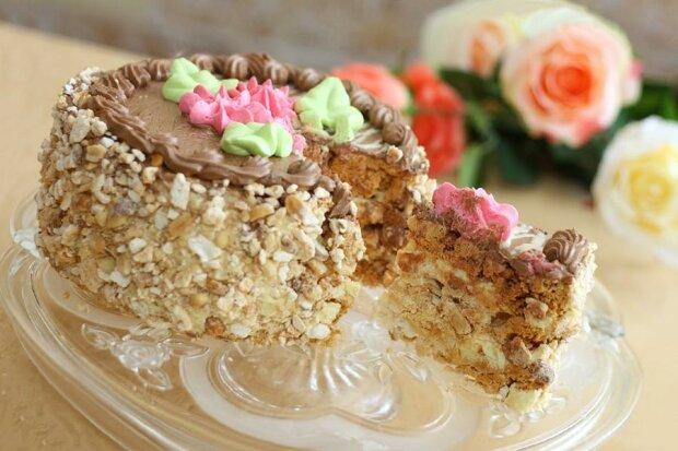 Легендарний київський торт як з кондитерської - в мережі поділилися чарівно-хрустким рецептом