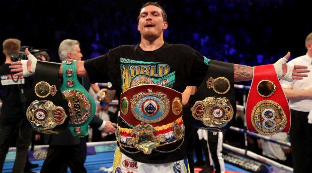 Усик став боксером року за версією престижного журналу