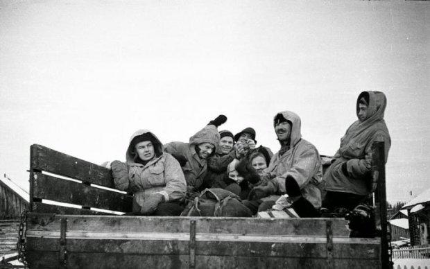 Жуткая тайна перевала Дятлова: спустя 60 лет на фото рассмотрели убийцу