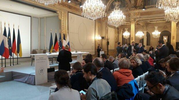 Нормандська четвірка, прес-конференція