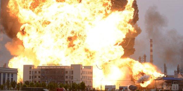 Студент МДУ намагався спалити офіс партії Путіна: знайдена вибухівка розкрила шокуючі деталі