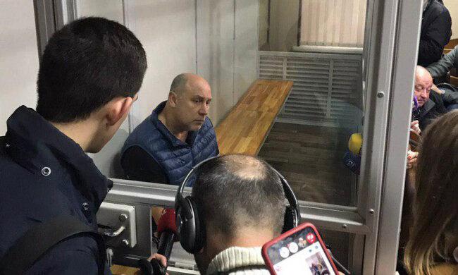 Киевлянин, который расстрелял соседа, дает свідення в суде, фото znaj.ua