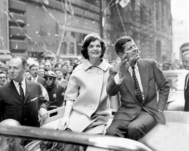 Человек с зонтом и babushka: мистические детали загадочного убийства Кеннеди