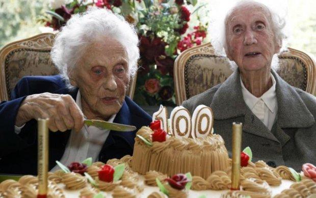 Вредная привычка помогла бабушке дожить до 100 лет