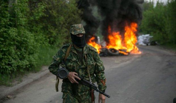 """Окупанти знищували Луганщину  великокаліберною """"відведенкою"""""""