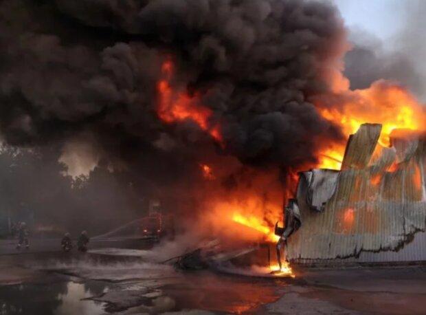 """Лютий вогонь залишив вінничан без даху над головою, доведеться """"бомжувати"""": подробиці трагедії"""