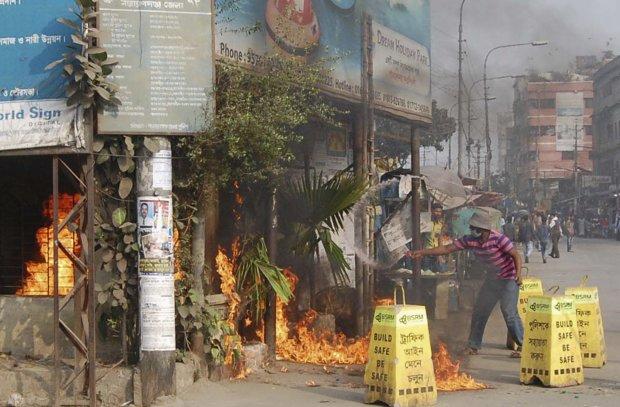 Выборы обернулись чудовищной трагедией: десятки смертей и всепоглощающий хаос