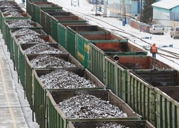 уголь, иллюстративное фото из свободных источников
