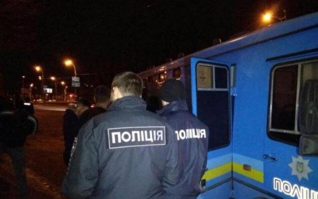 Зухвале побиття на Харківщині: копа терміново госпіталізували