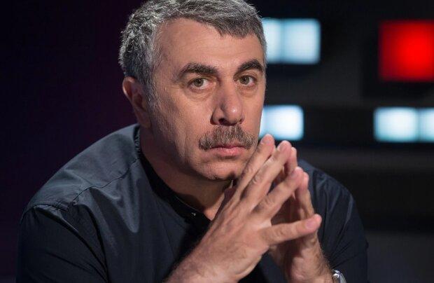 """Комаровський стер у порох прес-марафон Зеленського, порадив подумати: """"Щоб ви не заразили президента"""""""