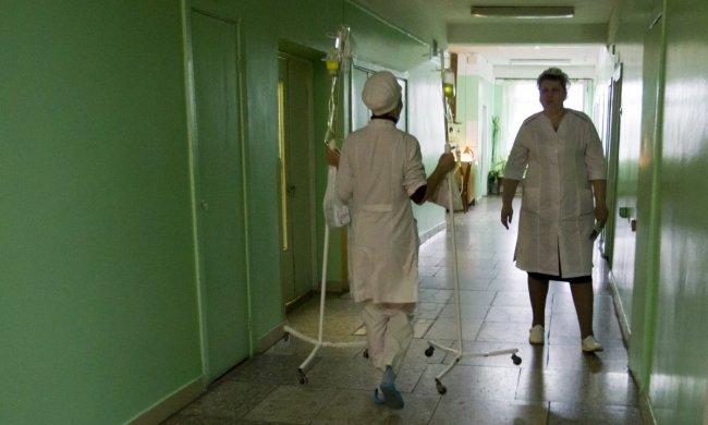 Вулиці Львова заполонили сотні медиків: що вимагають білі халати