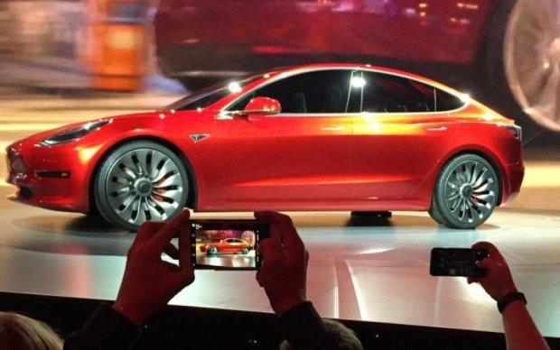 Tesla оснастила новинку оригинальной функцией