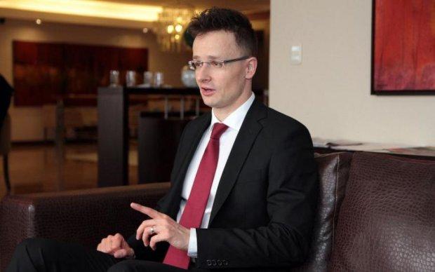 Никак не успокоятся: Венгрия официально начала мстить Украине
