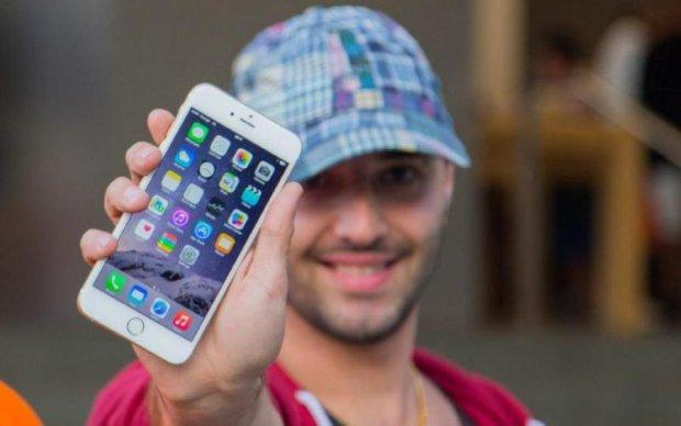 """Інтерфейс iOS 11 """"зламали"""" за декілька секунд: відео"""