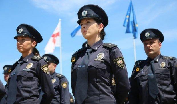 Очільник поліції повинен мати досвід роботи в Європі чи США - Луценко
