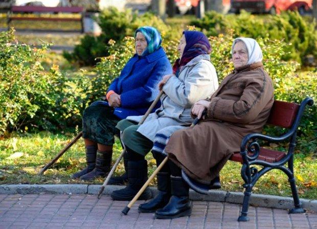 Министр сказал, когда украинцам пересчитают пенсии