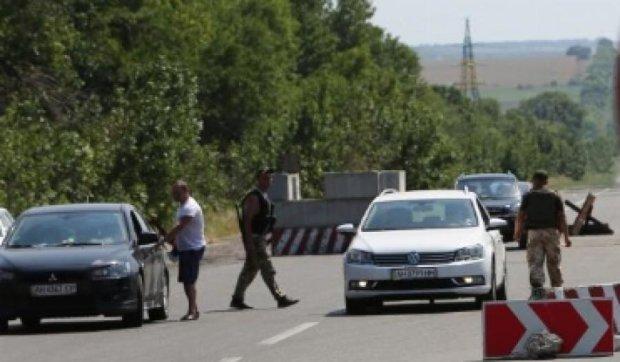 Прикордонники затримали 7 авто з товарами для «ДНР» та «ЛНР»