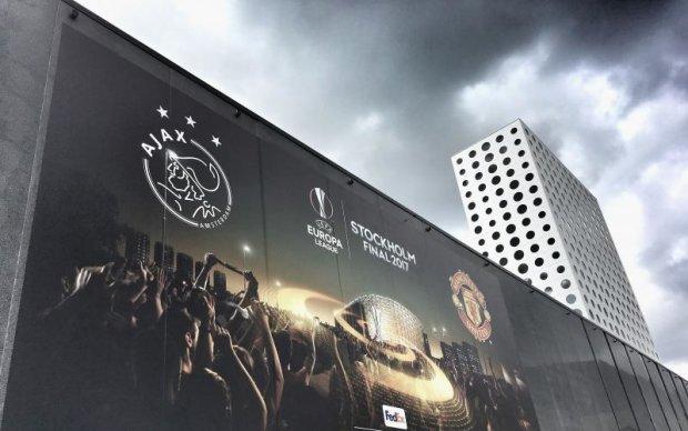 Нідерландська корова визначила переможця матчу Аякс - Манчестер Юнайтед