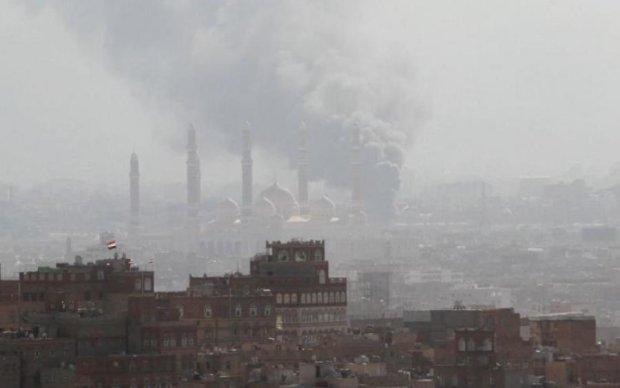 Двойной теракт всколыхнул Азию: много погибших