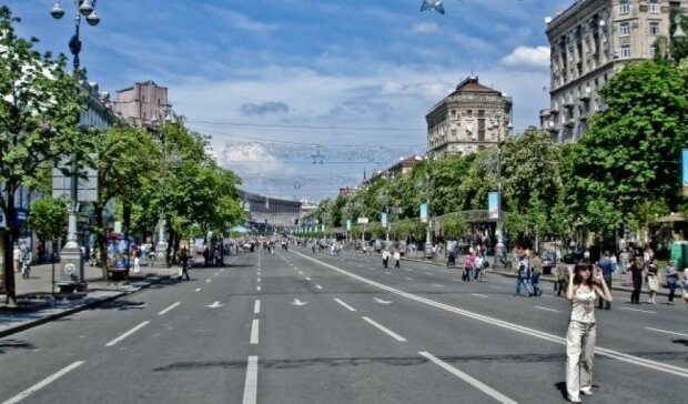 Новая канализация парализует центр Киева